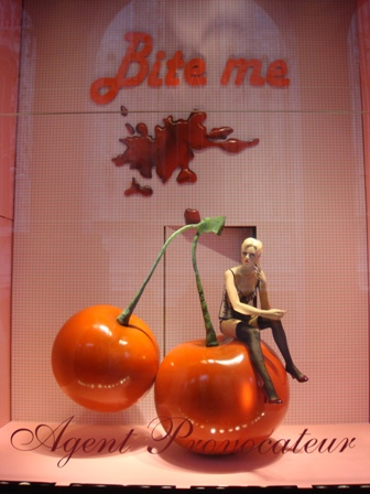 Visual Merchandising in UK is better than in Brisbane at times!!!