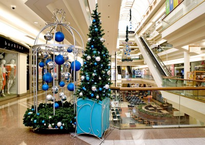 Broadway Shopping Mall custom Christmas display blue silver decorations with tree box