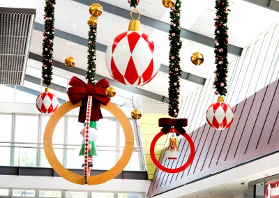 Orion Springfield Christmas Atrium Display